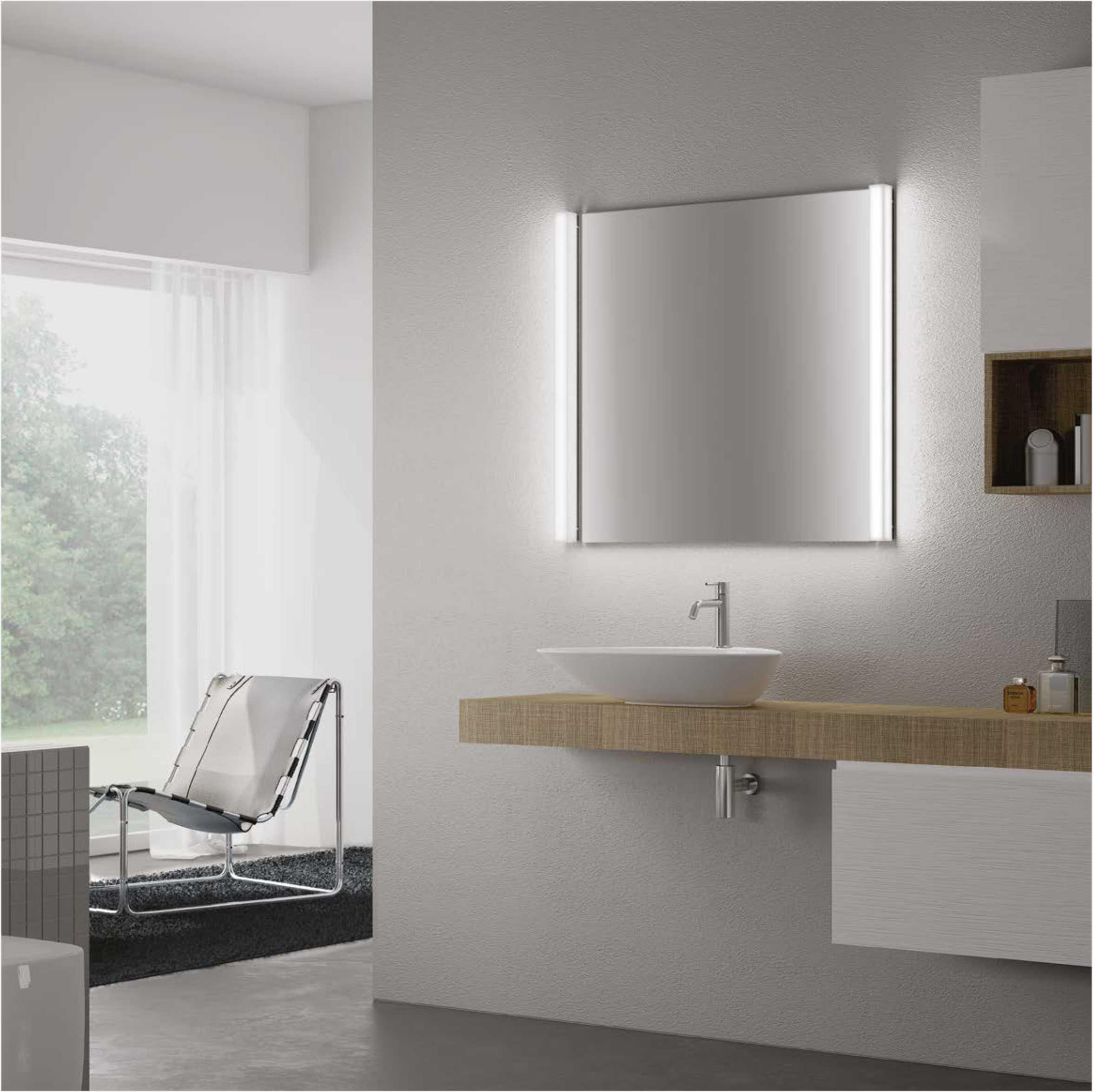 IP44 Contemporary Linear LED Bathroom Wall Mirror Light 6998